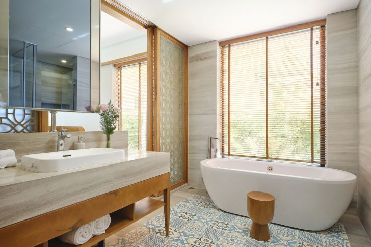 NOA SIGNATURE BATHROOM 2